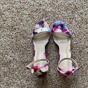 Floral heels!